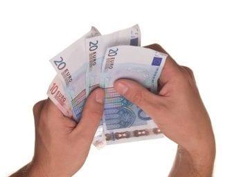 Vrijwilliger met bijstand mag meer onkostenvergoeding ontvangen