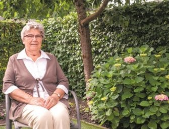 Aartje viert haar 25-jarig jubileum als vrijwilliger