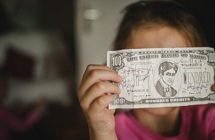 Vacature van de week: kinderen leren over omgaan met mon€y